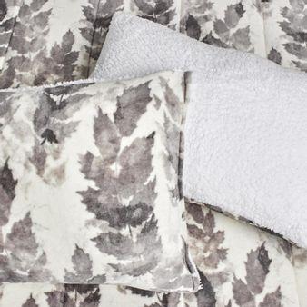 Edredon-flannel---ovejero-estampado-Hojaseca