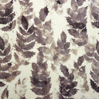 Manta-en-tela-flannel-fleece-estampada-Hojaseca