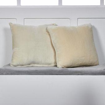 Set-x-2-Cojines-en-fleece-flannel-marfil