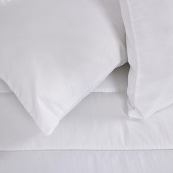 Juego-de-2-almohadas-mas-forro-embosado-lineas-0.5-cm